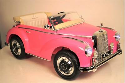 Mercedes-Benz 300S теперь в розовом цвете!