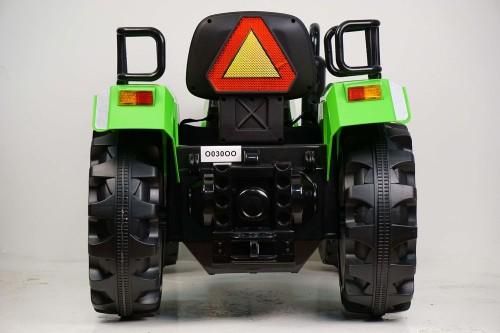 Детский электромобиль О030ОО зеленый