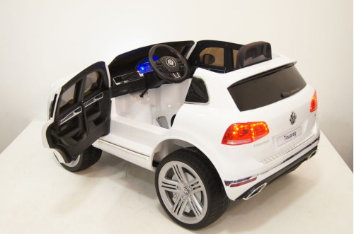 Детский электромобиль Volkswagen Touareg белый