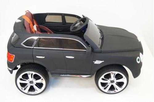 Детский электромобиль Е777КХ черный матовый